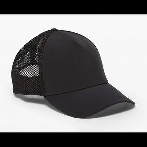 """Lululemon """"Commission Hat"""" black"""